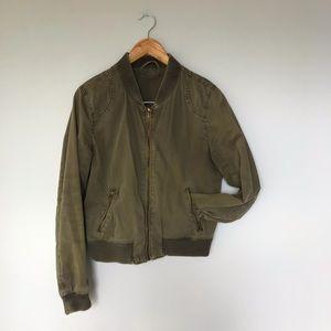 ARITZIA Cotton bomber jacket